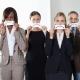 ۱۲ رفتار اشتباه در محیط کار که شما را ۱۰ سال پیرتر میکنند